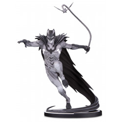 BATMAN BLACK & WHITE STATUETTE BATMAN BY KENNETH ROCAFORT 22 CM