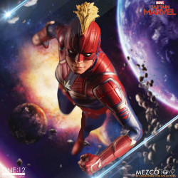 CAPTAIN MARVEL FIGURINE 1:12 CAPTAIN MARVEL 16 CM