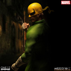 IRON FIST MARVEL FIGURINE 1:12 17 CM
