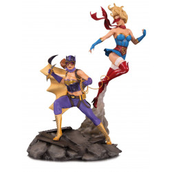 BATGIRL AND SUPERGIRL DC BOMBSHELLS STATUETTE CELEBRATION 38 CM