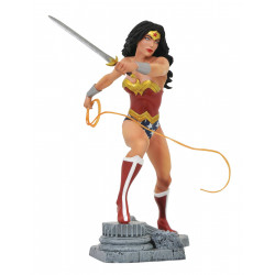 WONDER WOMAN LASSO DC COMICS GALLERY DIORAMA STATUE