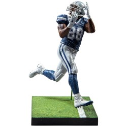 DEZ BRYANT NFL MADDEN 17 ULTIMATE TEAM SERIES 3 FIGURE