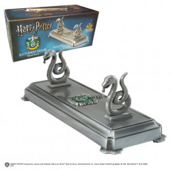 SLYTHERIN HARRY POTTER WAND STAND