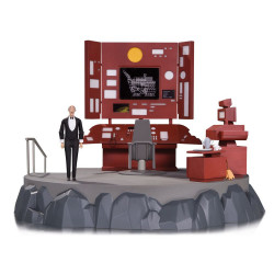 BATCAVE AND ALFRED BATMAN ANIMATED SERIES DIORAMA AND ACTION FIGURE
