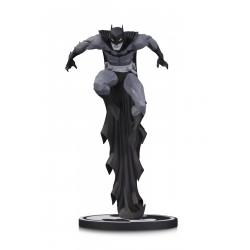 BATMAN BY JONATHAN MATTHEWS DC COMICS BLACK AND WHITE STATUE