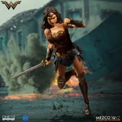 WONDER WOMAN DC COMICS ONE:12 MEZCO ACTION FIGURE