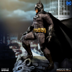 BATMAN SOVEREIGN KNIGHT DC COMICS ONE:12 MEZCO ACTION FIGURE