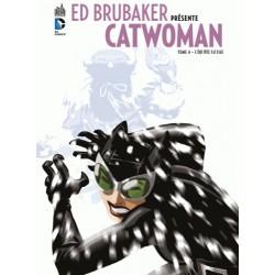ED BRUBAKER PRESENTE CATWOMAN T4