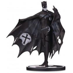 BATMAN BY GERARD WAY DC COMICS BLACK AND WHITE STATUE