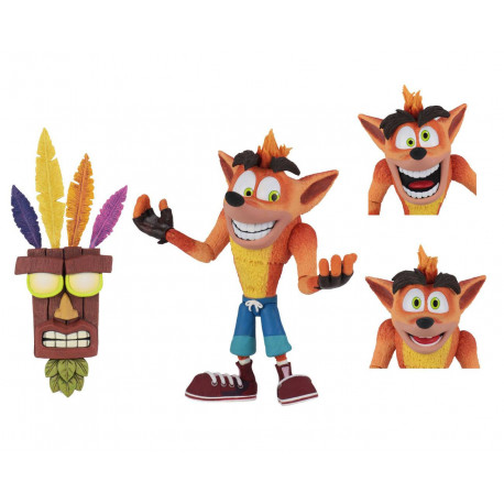 CRASH WITH AKU AKU MASK CRASH BANDICOOT FIGURINE ULTRA DELUXE 14 CM